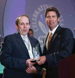 Miller Receives Paul Ecke, Jr. Award