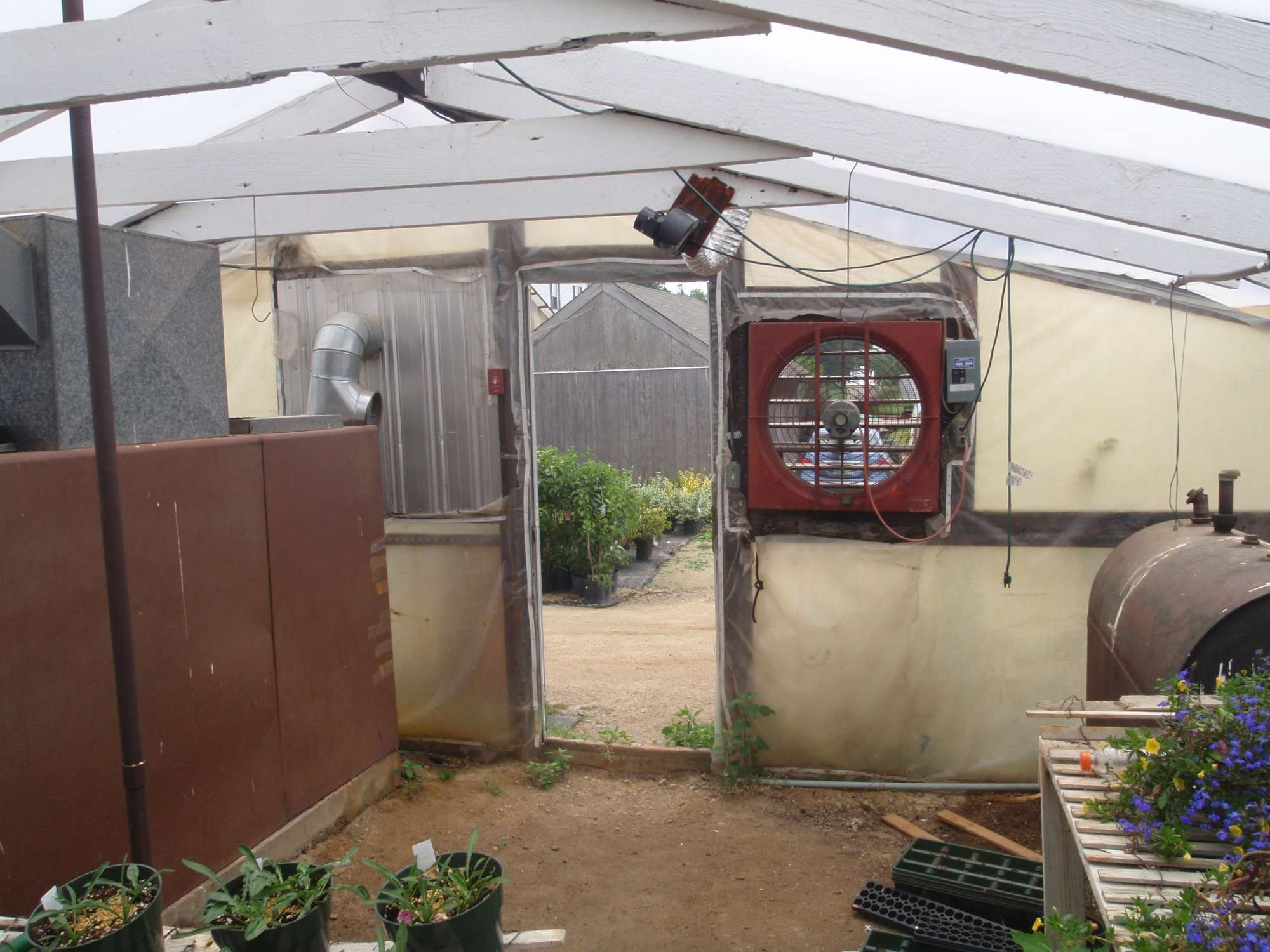 Tips For Controlling The Greenhouse Environment