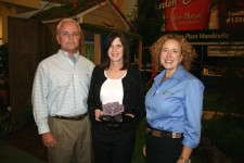 Mark Short, Anne Leventry and Claire Watson of PanAmerican Seed with the Editors' Choice Award.