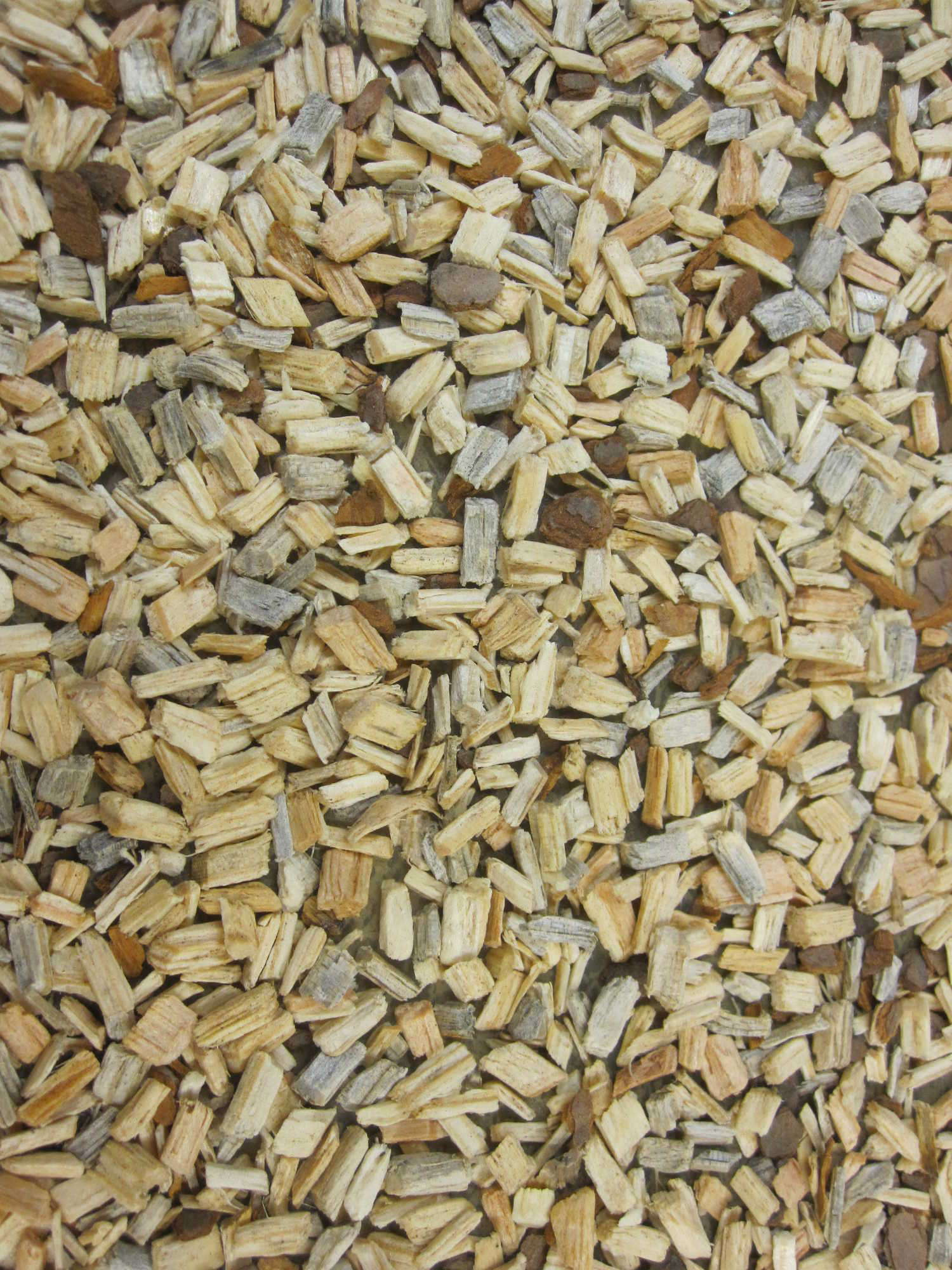 Pine wood chips as an alternative to perlite in greenhouse