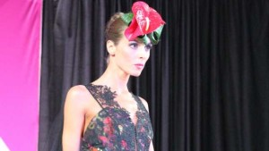 Dümmen Orange Creates Fashion With Flowers At Fashion Week Columbus