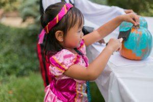 painting-a-pumpkin-teal