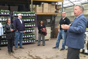 Gary Mangum Shares Bee Info with People