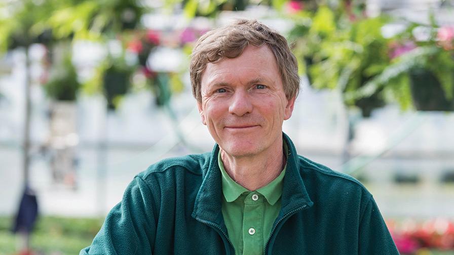 Hans-Lenselink-Multiflora-Greenhouses